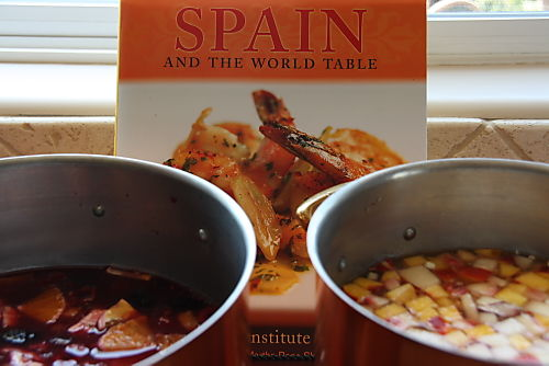 Spain and The World Table - Classic and White Sangria 5
